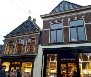 Wethouder Braaksma weet niet van verdere verbouwing boekhandel Van der Velde