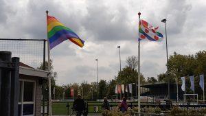 Regenboogvlag bij sportverenigingen